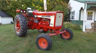 tracteur IH 706