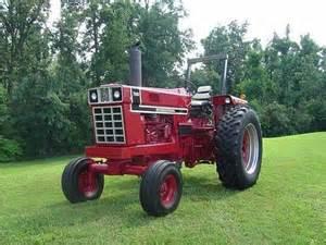 tracteur IH 766