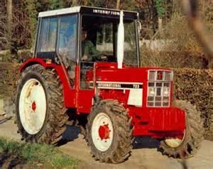 tracteur IH 785