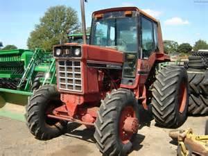 tracteur IH 786B