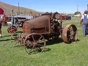 tracteur IH 8-16