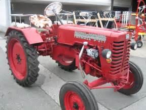 tracteur IH D-217