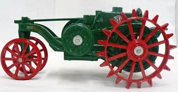 tracteur IH MOGUL 12-25