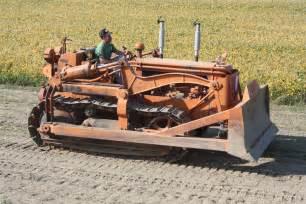 tracteur IH T-14