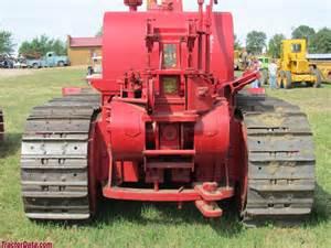 tracteur IH TD-24
