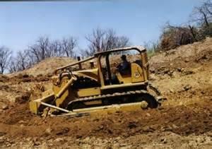 tracteur IH TD-25