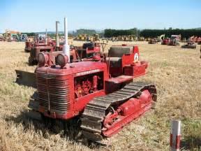 tracteur IH TD-6