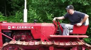 tracteur IH TD-9