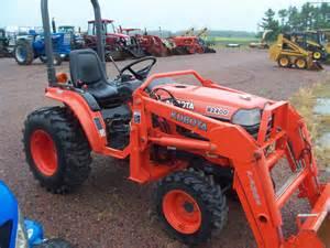 tracteur Kubota B2400