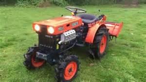 tracteur Kubota B5000