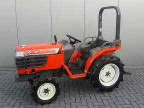 tracteur Kubota GB16