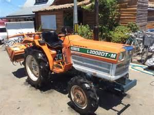 tracteur Kubota KT24