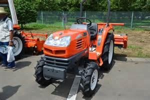 tracteur Kubota KT27