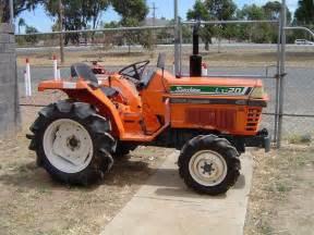 tracteur Kubota L1-20