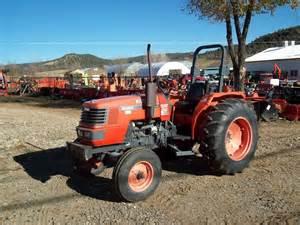 tracteur Kubota M4900