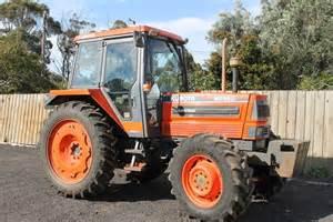 tracteur Kubota M8580