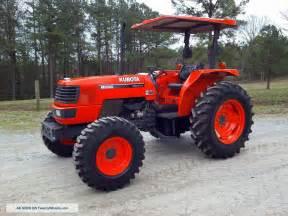 tracteur Kubota M9000