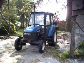 tracteur New Holland 4635