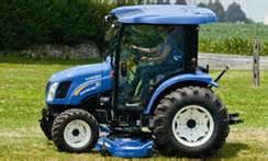 tracteur New Holland BOOMER 50D