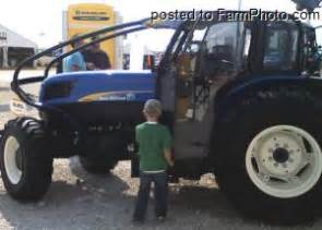 tracteur New Holland T4040F