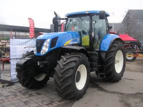 tracteur New Holland T7050