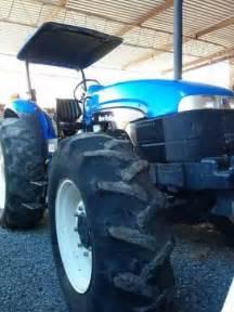 tracteur New Holland TB120