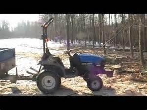 tracteur New Holland TC21