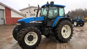 tracteur New Holland TG275