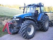 tracteur New Holland TJ275
