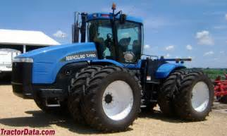 tracteur New Holland TJ480