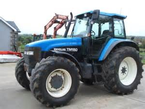 tracteur New Holland TM150