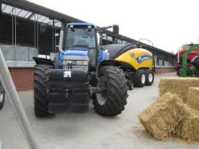 tracteur New Holland TM165