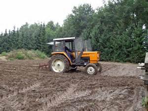 tracteur Renault 421M