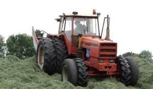 tracteur Renault 498