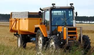 tracteur Renault 61-14 RS