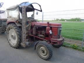 tracteur Renault 7050