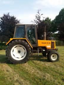 tracteur Renault 75-32 TX