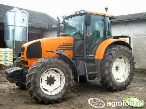 tracteur Renault ARES 630