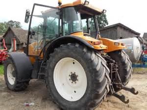 tracteur Renault ARES 725