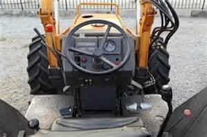 tracteur Renault CERES 85