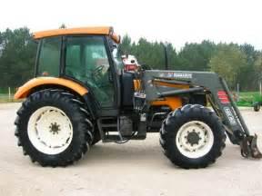 tracteur Renault CERGOS 330