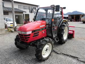 tracteur Yanmar AF330