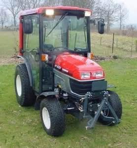 tracteur Yanmar EF227H