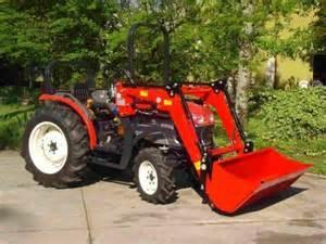 tracteur Yanmar EF235H