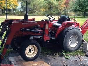 tracteur Yanmar YM226
