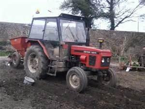tracteur Zetor 6211