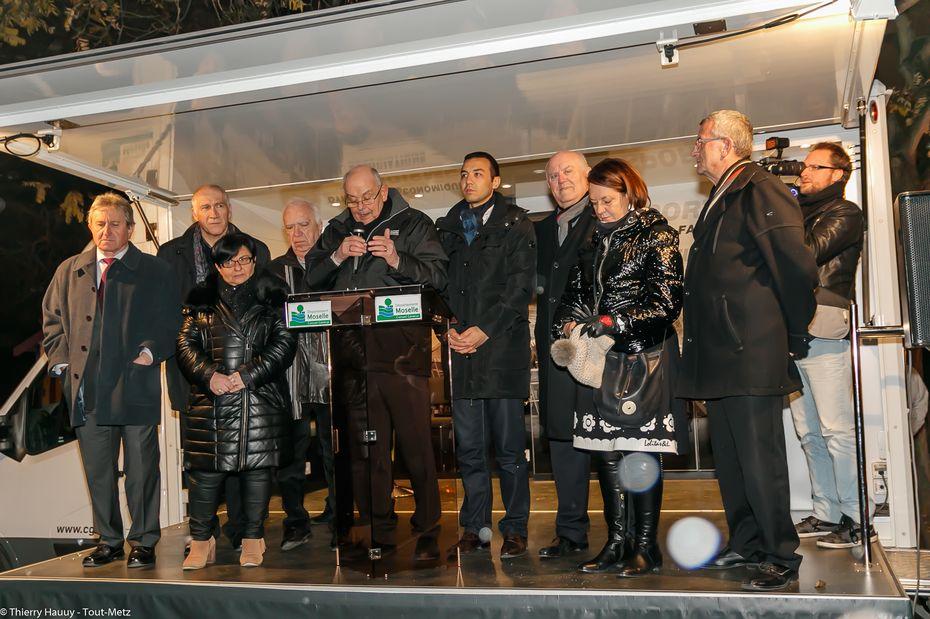L'inauguration officielle a eu lieu en présence des élus locaux. A noter l'absence de Dominique Gros le Maire de Metz, et celle de Patrick Weiten, le Président du Conseil Général de la Moselle, représentés respectivement par Hacène Lekadir et par Bernard Hertzog.