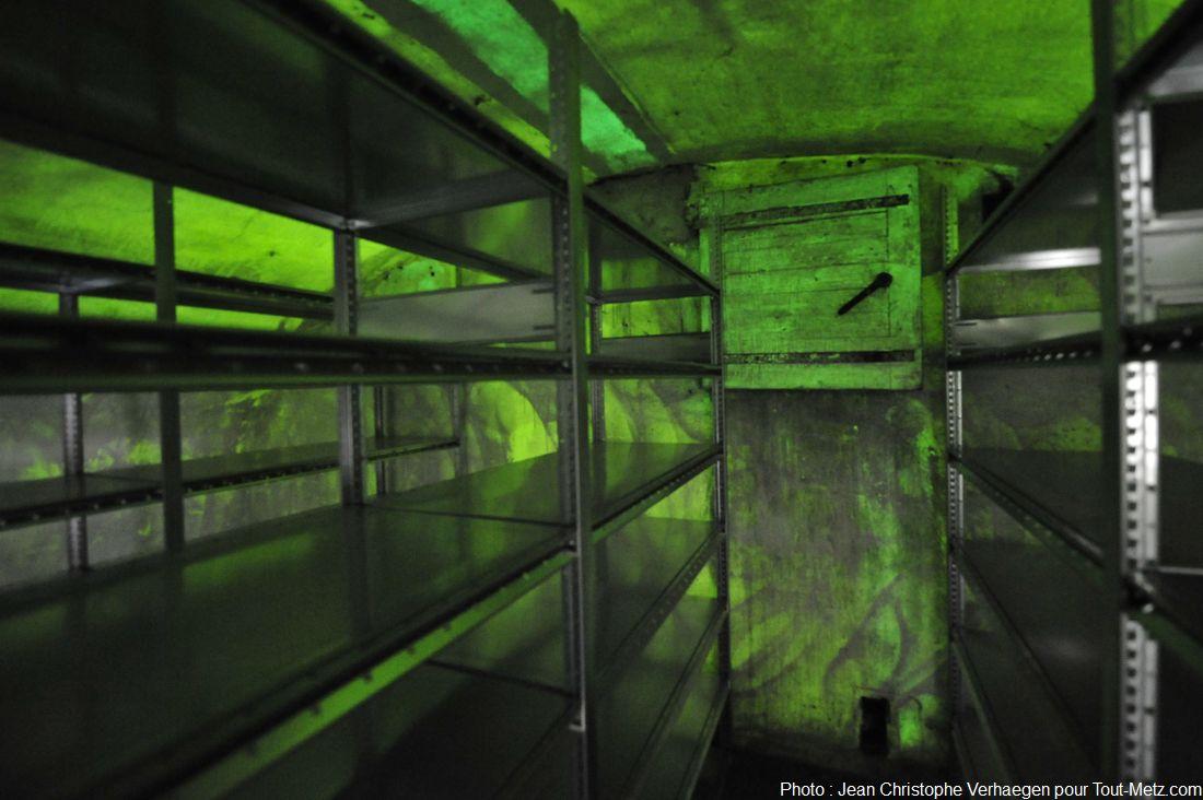 cave murs phosphorescents