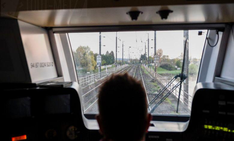 Photo of Pétards et grévistes sur les voies à Woippy et Uckange : la SNCF porte plainte