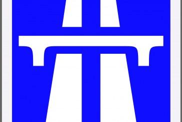 Travaux sur l'A31 : remplacement de panneaux de signalisation